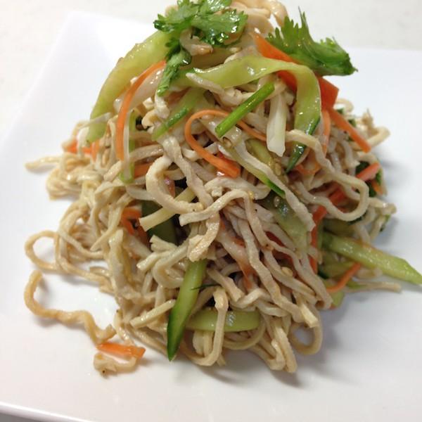干糸豆腐サラダ